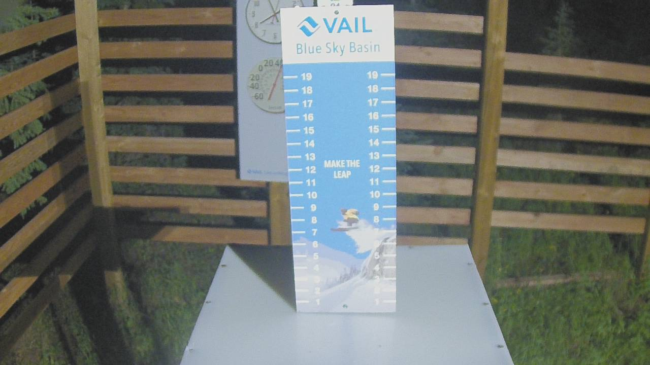 Vail Snow Stake: 5 am image