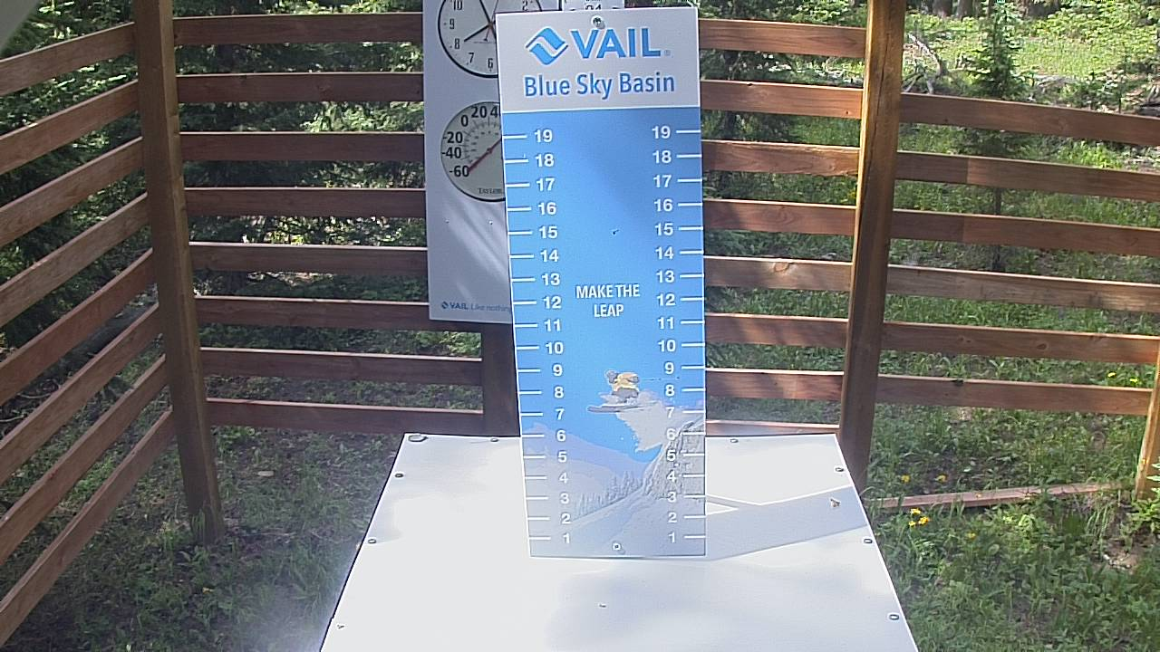 Vail Resort Snow Stake Webcam - Vail, CO