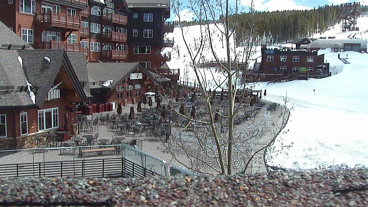 Half Pipe from Base of Peak 8 webcam